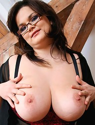Theres shows her huge boobs and dildo fucking...