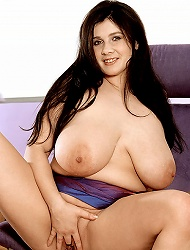 Delicious bubbied lady with vibrator and high...